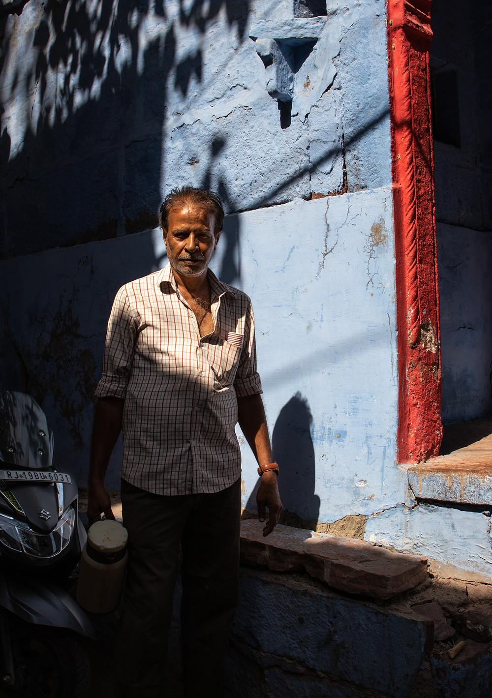 chai vendor in the streets of Jodhpur