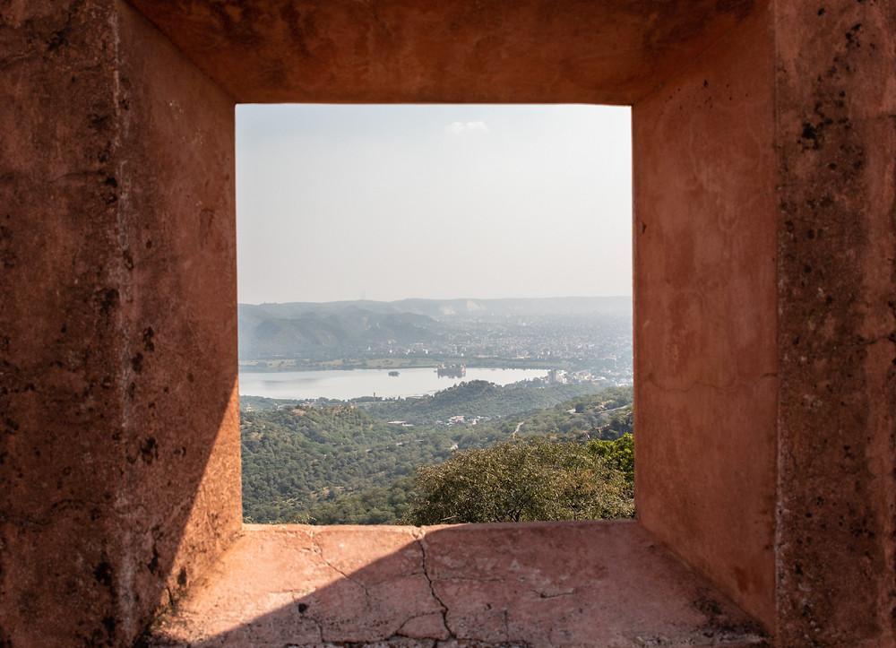 Aussicht auf das Jal Mahal vom Jaigarh Fort