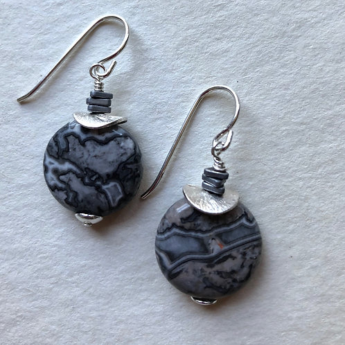 Crazy Lace agate with sterling silver topper