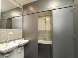 Vakantiewoning Ardennen badkamer.jpg