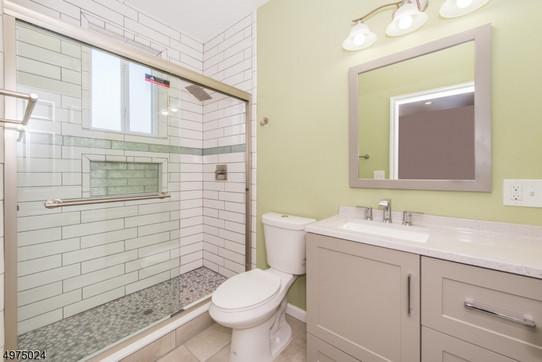 Master bath area.jpg