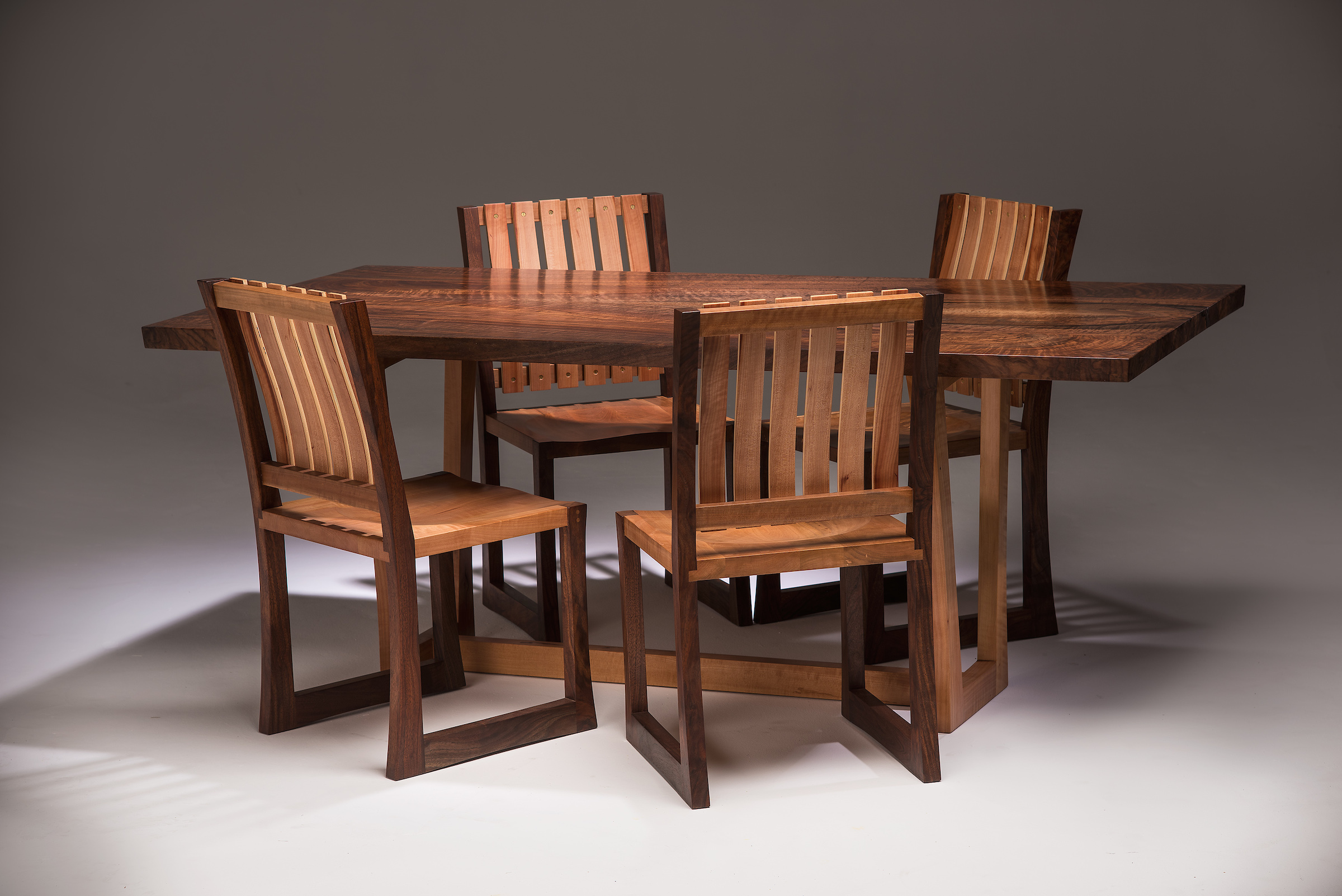SideTableChairs
