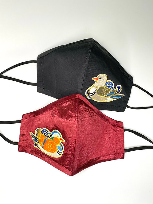 眉開眼笑 Mask #3 - Mandarin Ducks (Wine + Black)