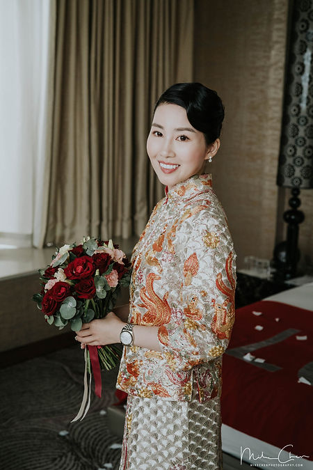 F&GJ bride in chinese wedding attire.jpg