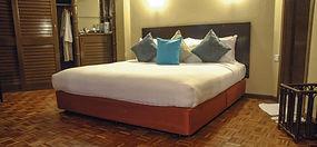 kinabalu-park-hill-lodge-bedroom.jpg