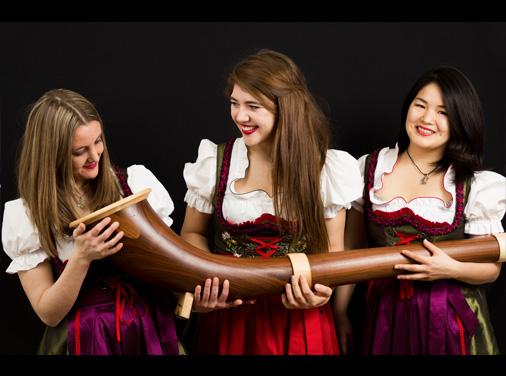 Female Alphorn Trio