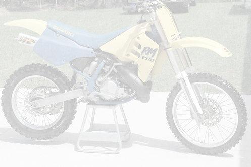 1989 Suzuki RM250 2 Stroke Dirtbike - $3,995