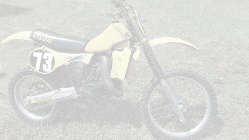 1982 Suzuki RM125 2 Stroke Dirtbike - $2,500