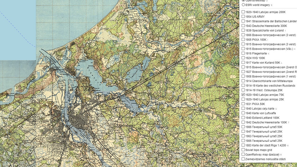 Historical Latvian maps