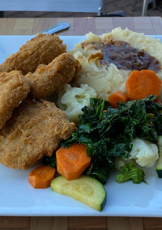 Country Nuggets, Mashed Potatoes, Vegetables
