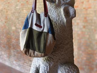 Les sacs de rose marie au Musée