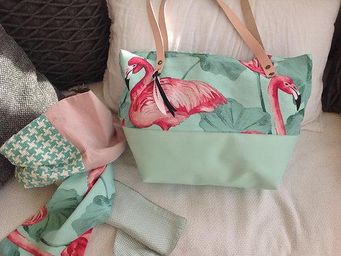 "Sac à main ""Boudoir"" vert pastel et rose et son foulard assorti"