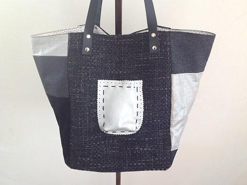 Sac cabas gris, noir et argent en lainage, lin enduit, velours,  tissu pailleté