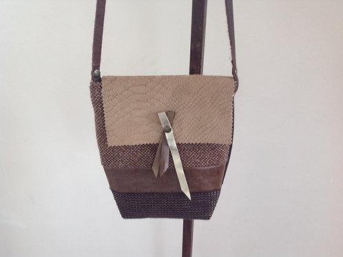 """Le """"Mini Boudoir"""" en cuir ,lainage,lin enduit et toile de jouy."""