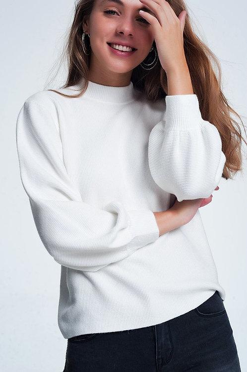 Cream Colored Sweatshirt With Long Sleeves