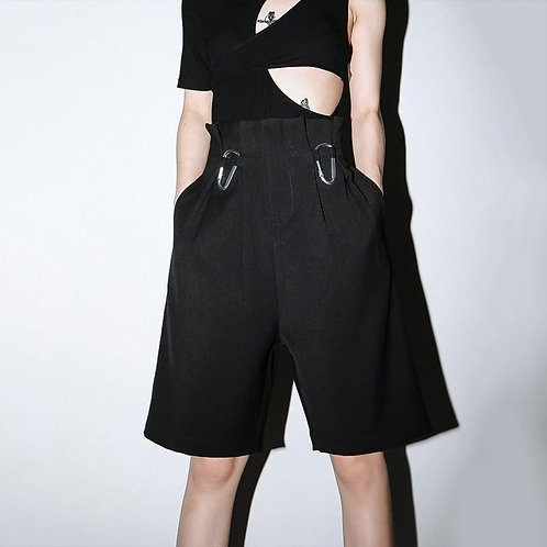 Shinon Buckle Wide Knee Length Pants - Black