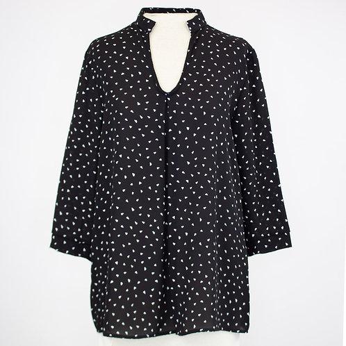 V-Neck 3/4 Sleeve Blouse - Black