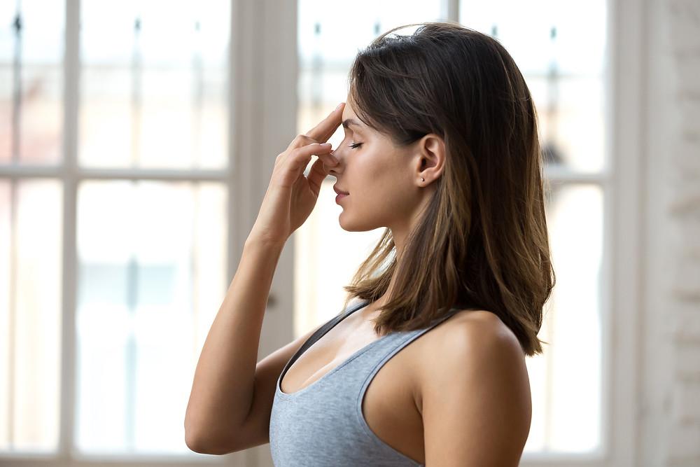 The 20-connected breaths technique is super simple and only takes a couple of minutes and it works extremely well too. It brings you into the present, focused on a task which is breathing properly.