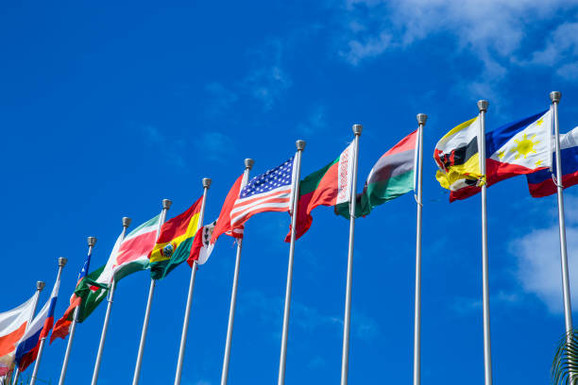 Os países no combate ao Covid-19