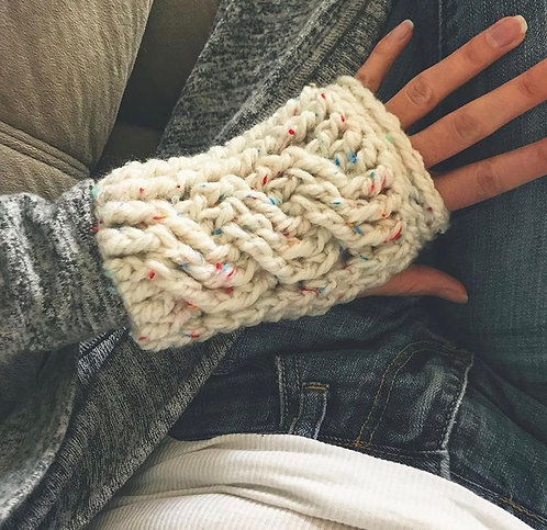 The Cozy Cable Crochet Gloves PATTERN