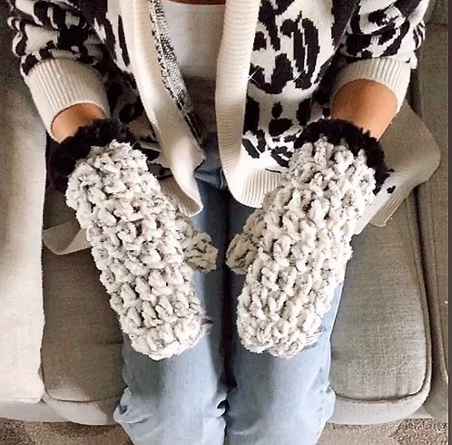 The Marshmallow Paws CROCHET PATTERN