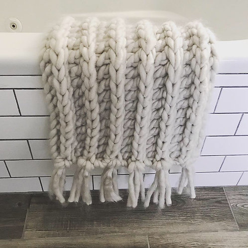 The Perfectly Plush Cozy Crochet Rug PATTERN