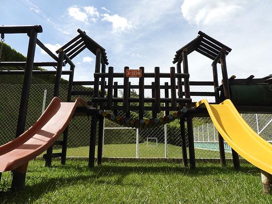 Spielplatz-Garten-Konstruktion.jpeg
