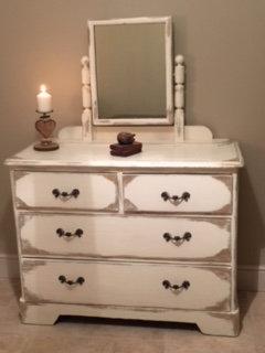 Cream Dressing Table - Vintage Shabby Chic