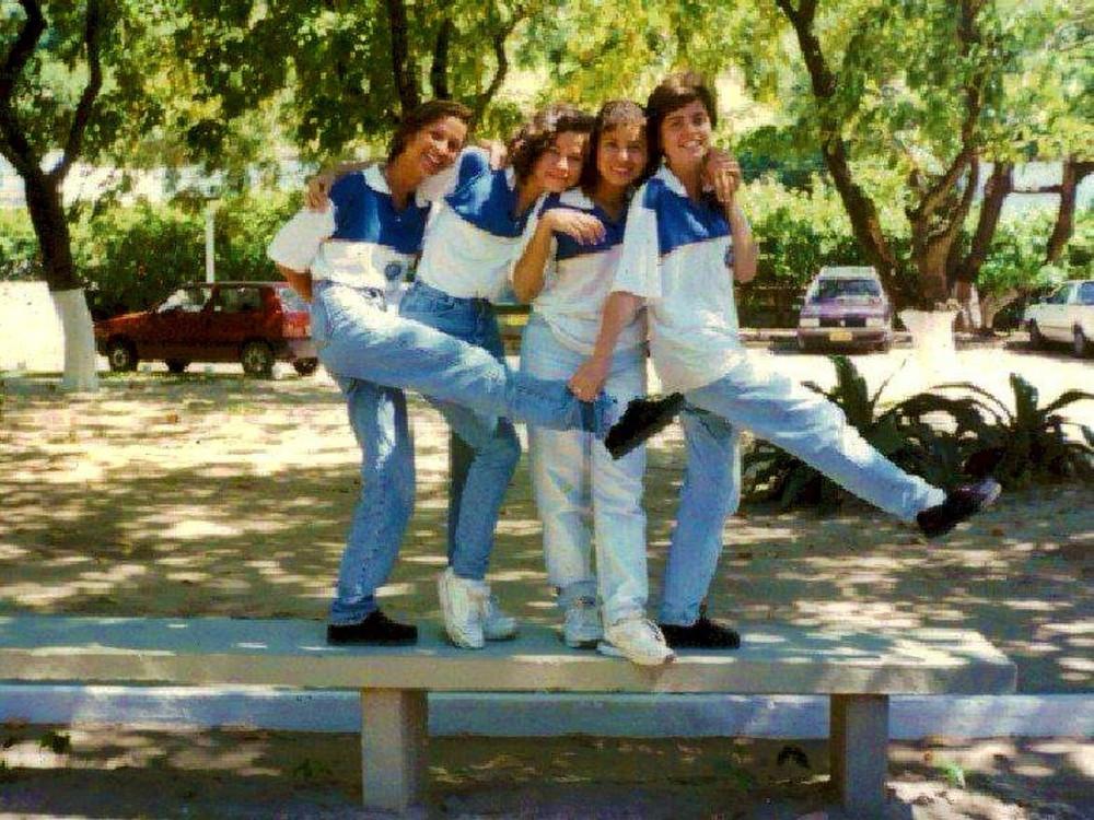 Dieldja, Elaynne, Xála e Dayane na adolescência