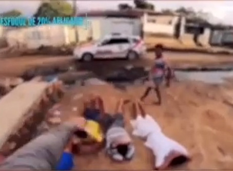 Durante abordagem policial em AL, militares incitam violência de mãe contra filho