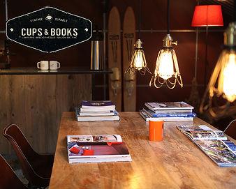 Cups & books Meridie vintage