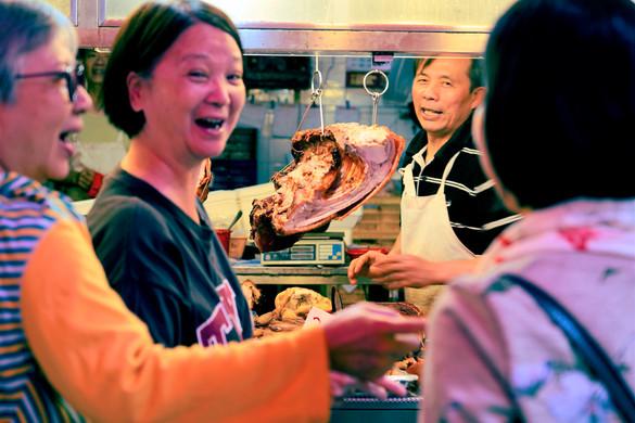 홍콩바베큐가게에서의 대화.jpg