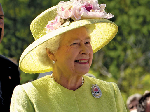 Queen Elizabeth of the United Kingdom returns to public service after its closure