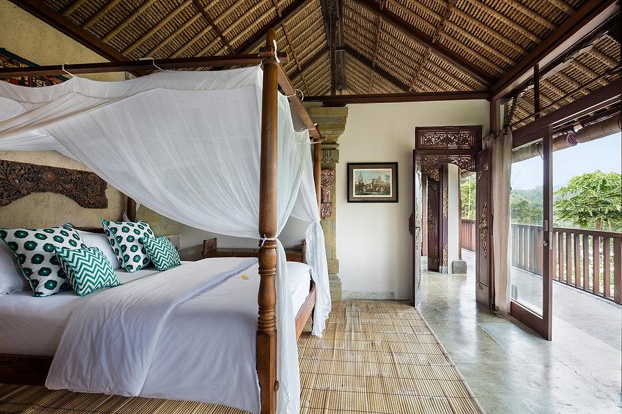 Villa Sagitta Ubud View bedroom.jpg