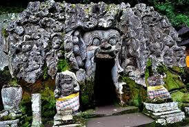 Visit Goa Gajah (Elephant Cave)