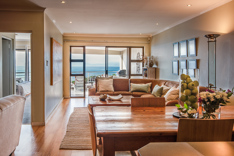 De Kelders, The Lookout at Whale Cove, indoor living