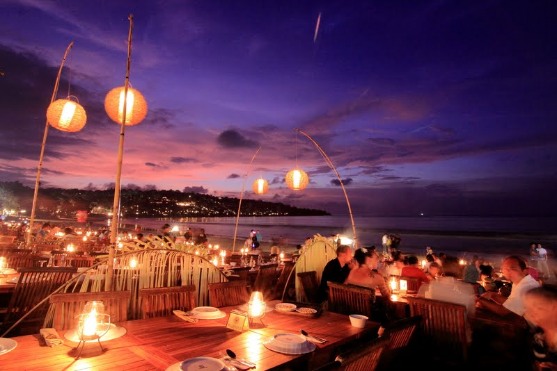 Savour the seafood at Jimbaran