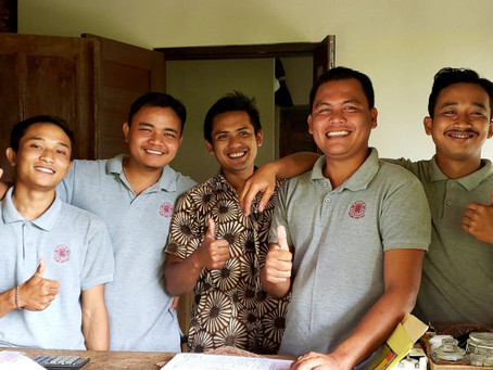 """How four """"Bali chickies"""" fell in love with the Villa Sagitta Dream Team"""