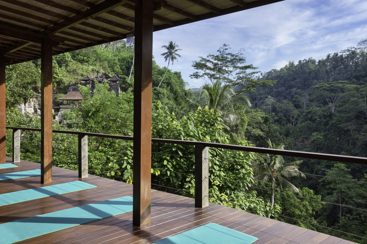 Ironwood undercover yoga deck at Villa S