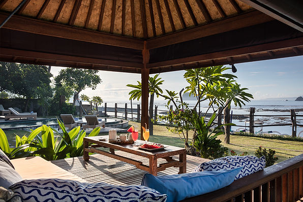 Villa Cocoa Maya, Candidasa, Bali, relax and watch the world go slowly by in the bale