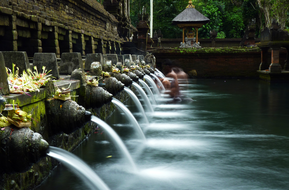 Purify at Tirtha Empul temple