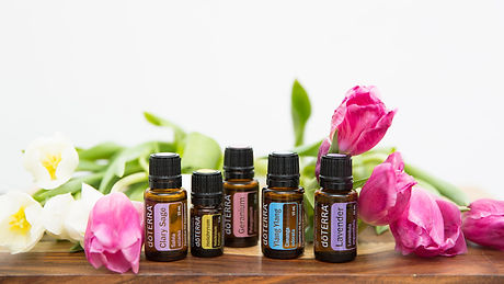 16x9-1280x720-using-floral-oils-us-engli
