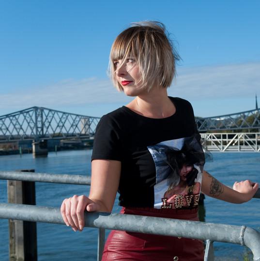 HAIR:  MUP : Marie Roullet