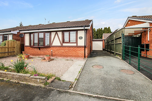 2 Bed Detached Bungalow with Garage - Roundwood Close, Oswestry