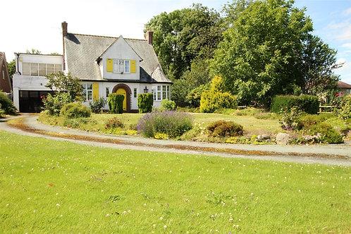 3/4 Bed Detached Family Home - Whittington Road, Gobowen