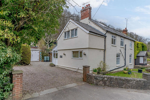 3/4 Bed Semi Detached Cottage - Pant, SY10