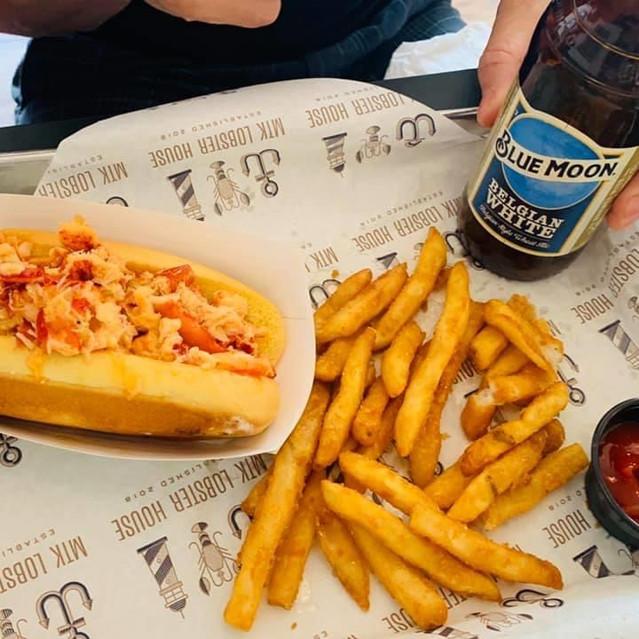 MTK lobster house lobster roll