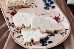 Fondant Splatter Biscuit