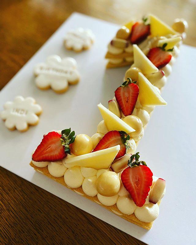Vanilla Biscuit Cake