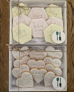 Fondant Pastel Bees Biscuit Cookie